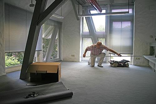 Hausbau - Der richtige Bodenbelag. Foto: Rainer Sturm / pixelio.de