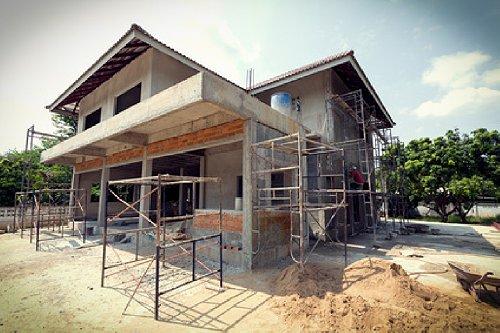 So sparen Sie Geld beim Hausbau Foto: sutichak - Fotolia.com
