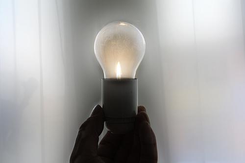 Bauen und Energiesparen – Foto: Günther Gumhold / pixelio.de
